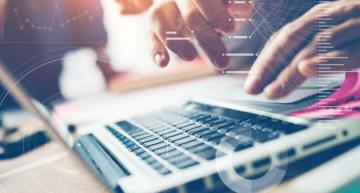 De ontwikkeling van Dynamics 365 Finance and Operations, ERP in de cloud